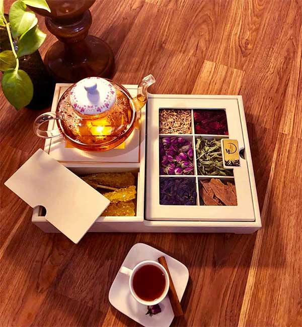 بهترین جعبه پذیرایی چوبی و شیشه ای-بلوط