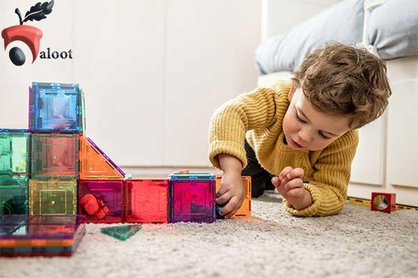 بهترین اسباب بازی برای کودک یک ساله-بلوط